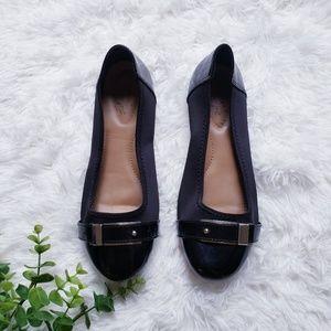 🛍️ Dexflex comfort Black Closed Toe Flats
